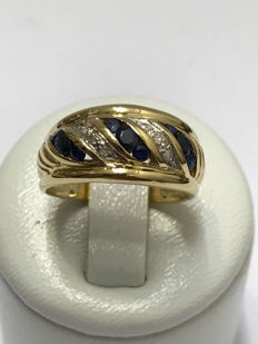 18 kt gold ring with diamonds and sapphires. Size 52 – 16.5 mm.