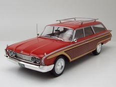 Modelcar Group - Scale 1/18 -  Ford Country Squire 1960