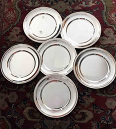 Set of 6 plates super silver plated from Bardellini silverware store in Milan