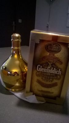 Glenfiddich 18 years old, covered with gold 23 carats