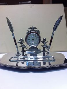Silver inkstand - with a battery operated clock - Pasgorcy S.A. - Spain - 1990/1999