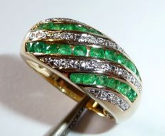 14kt / 585 gold ring with 22 emeralds and 10 diamonds ring size 58 / 18.4mm - changeable