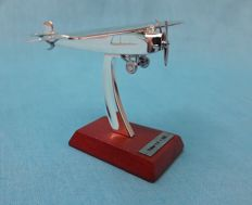 Airplane metal FokkerF.III 5,5 cm brand new in box with certificate
