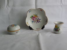 Meissen plate, vase and box