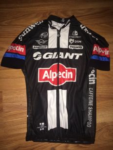 Giant Alpecin, professional cycling jersey Tom Stamsnijder.
