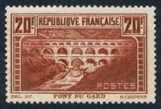 France 1929 – Pont du Gard Type IIB – Yvert No. 262