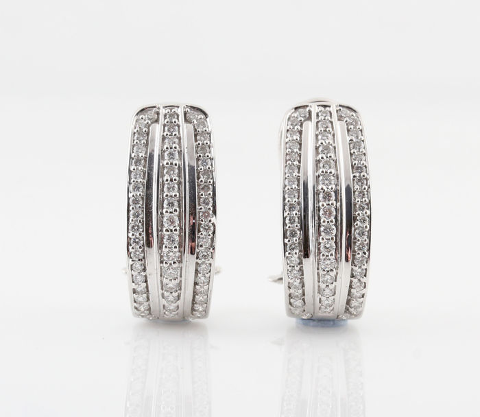 18 kt white gold diamond earrings, 0.77 ct. G–H / VS1–SI1 / 7.00 g