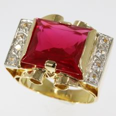 Vintage bicolour gold retro ruby and white sapphires cocktail ring - anno 1950