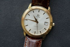 Omega Watch in Solid 18K Yellow Gold