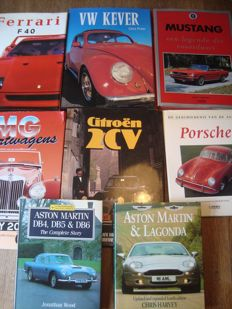 Beautiful lot of car books - Brand / model related