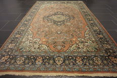 Beautiful old hand-knotted oriental carpet, Kayseri Qom pattern, 145 x 212 cm, made in Turkey