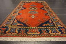 Beautiful Persian carpet, Viss, 90 x 160 cm, very good condition