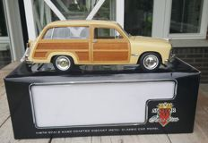 Motor City Classics - Scale 1/18 - Ford Woody Wagon 1949