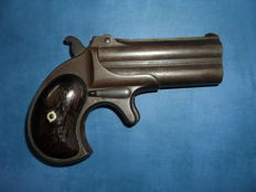 Remington Derringer pistol 2 barrels patent model December 12 1865 favourite gun of the Western professional gamers