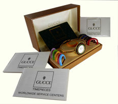 Gucci  1100-L AUTHENTIC 1980s  lady's 11/12 iconic bangle watch with interchangeable bezel in original box