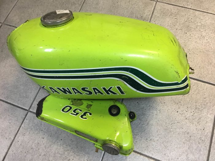 Oil and gasoline tanks for Kawasaki BIG HORN 350 - 1972