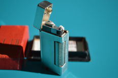"Rare ""Auto-Rollalite"" Dunhill petrol lighter, silver? from 1940 to 1950"