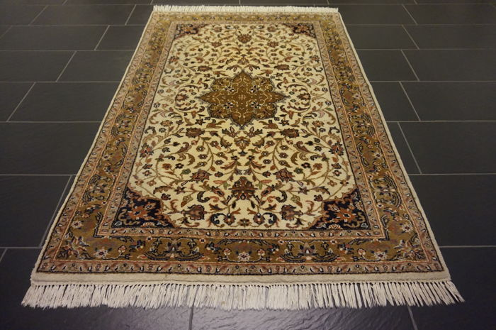 Magnificent handwoven oriental carpet, Indo Qom Nain, 125 x 180 cm, made in India