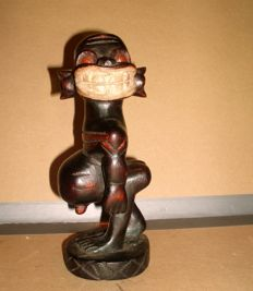 Wood carving, small African monkey