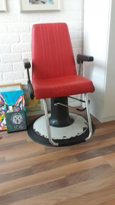Greiner barber's chair