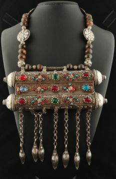 Antique silver prayer-carrier necklace from the early 20th century, Afghanistan