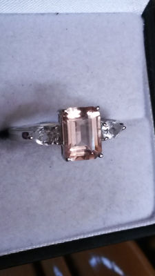 Natural in Victorian style step cut 2cts Mexican Rose Danburite & white Topaz dress ring. Alluring!