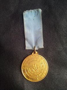 Gilded bronze medal of the Freemason Great Lodge of Italy, from 1960s/70s no. 1319