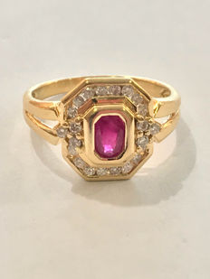 Gold ring 18 kt diamonds and rubies totalling 0.80 ct - size 57 / 17.72 mm