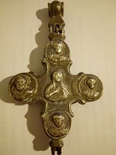 Massive silver relicary cross 925/1000 - 2 parts