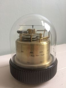 Barigo barometer in brass with plastic bell jar