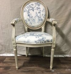 White Louis XVI style armchair with blue/white toile de jouy upholstery, 2nd half of 20th century