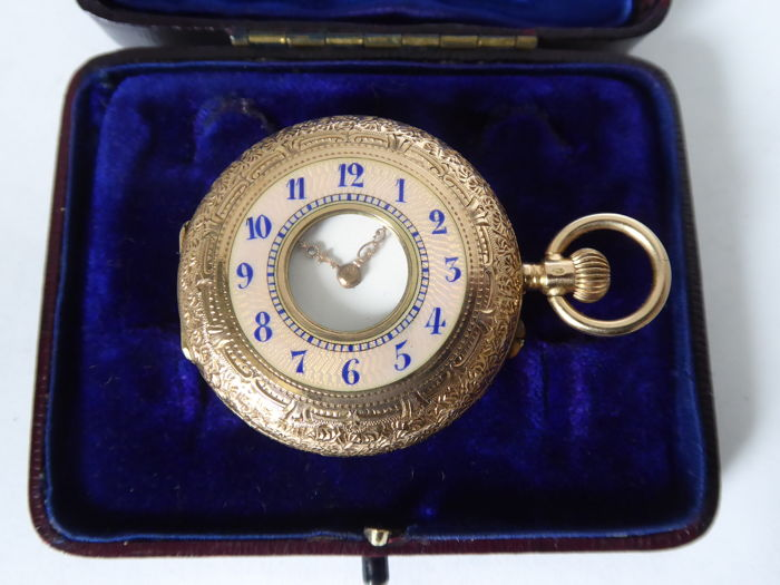 Anonymous half hunter pocket watch 1890s {ref no 56}