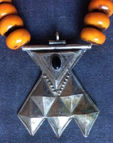 Berber Faux Amber Necklace with Silver Tuareg Pendant -  Morocco - Second half 20th Century