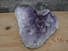 Large purple Amethyst druze with perfect crystals - 18 x 15 x 9 cm - 2585 gm