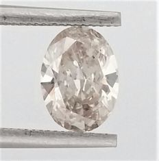 Oval Cut  - 1.14 carat  - J color  - SI2 clarity  - Natural Diamond  Comes With AIG Certificate + Laser Inscription On Girdle