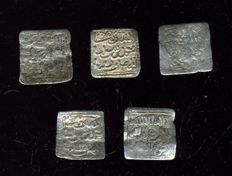 Al-Andalus – Almohad Caliphate (1148–1228) - Lot of 5 square dirham in silver -  Anonymous, no mint mark or date