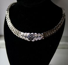 About 60-x very beautiful necklace with shiny and matt braided solid silver and safety clasp, set with small genuine Sapphires. Excellent state.
