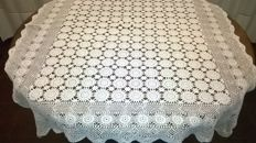 elegant handmade tablecloth in crochet from the second half of the 20th century - San Gallo