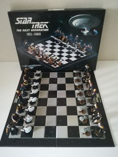 Chess Game Star Trek - The Next Generation - Copyright  Paramount 1999