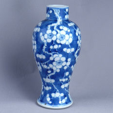 Blue & white baluster-shaped vase - China -  19th century.