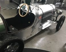 Retroracer Bentley - unique replica in aluminium with electric motor - scale approx. 1: 2