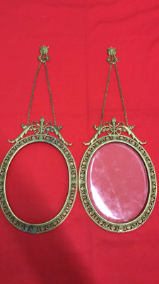 Two bronze frames with chain in Art Nouveau style - late 19th century