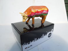 Cow Parade - Cowparade - Moovin Veggie Burger- medium - porcelain