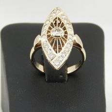 18 kt yellow gold ring with round brilliant diamond in the centre, 0.86 ct/VS2 - 1.3 ct in total - size 56