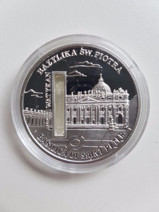 "Sierra Leone - 10 Dollars 2010 ""Basilica of Saint Petersburg"" with holy water - 1 oz of silver"