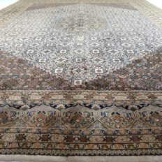 Indo Bidjar - 402 x 299 cm - oversized, oriental rug - clean eye-catcher in mint condition - with certificate
