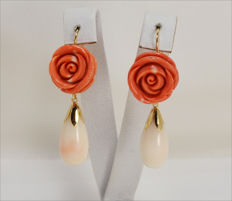 18-kt Gold Earrings – Cherry-red Coral and Pink Coral – Made in Italy – Length: 50 x 18 mm