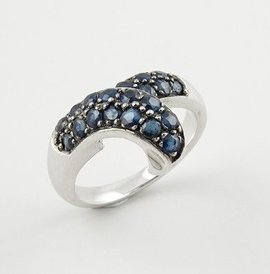 18 kt - White gold ring with 1.10 ct of sapphires - Size: 16.5 mm, 12 (SP), 52 (FR), 6 (USA)