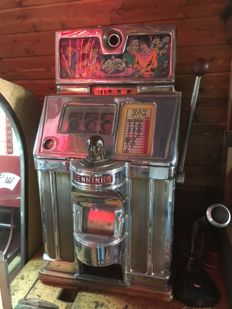 Slot Machine  Jennings 5 Cent Tic Tac Toe  Indian Chief.