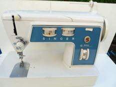 Singer electric sewing machine type 706g.